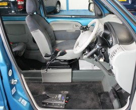 car for wheelchair driver