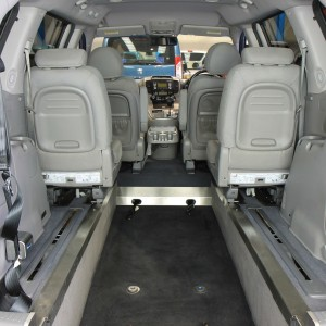 Kia sedona Auto Wheelchair car yj11dbu (4)