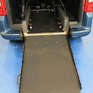 Peugeot Wheelchair adapted car gx12 (4)