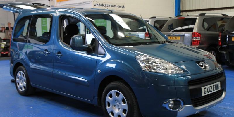 Peugeot Wheelchair adapted car gx12 (7)