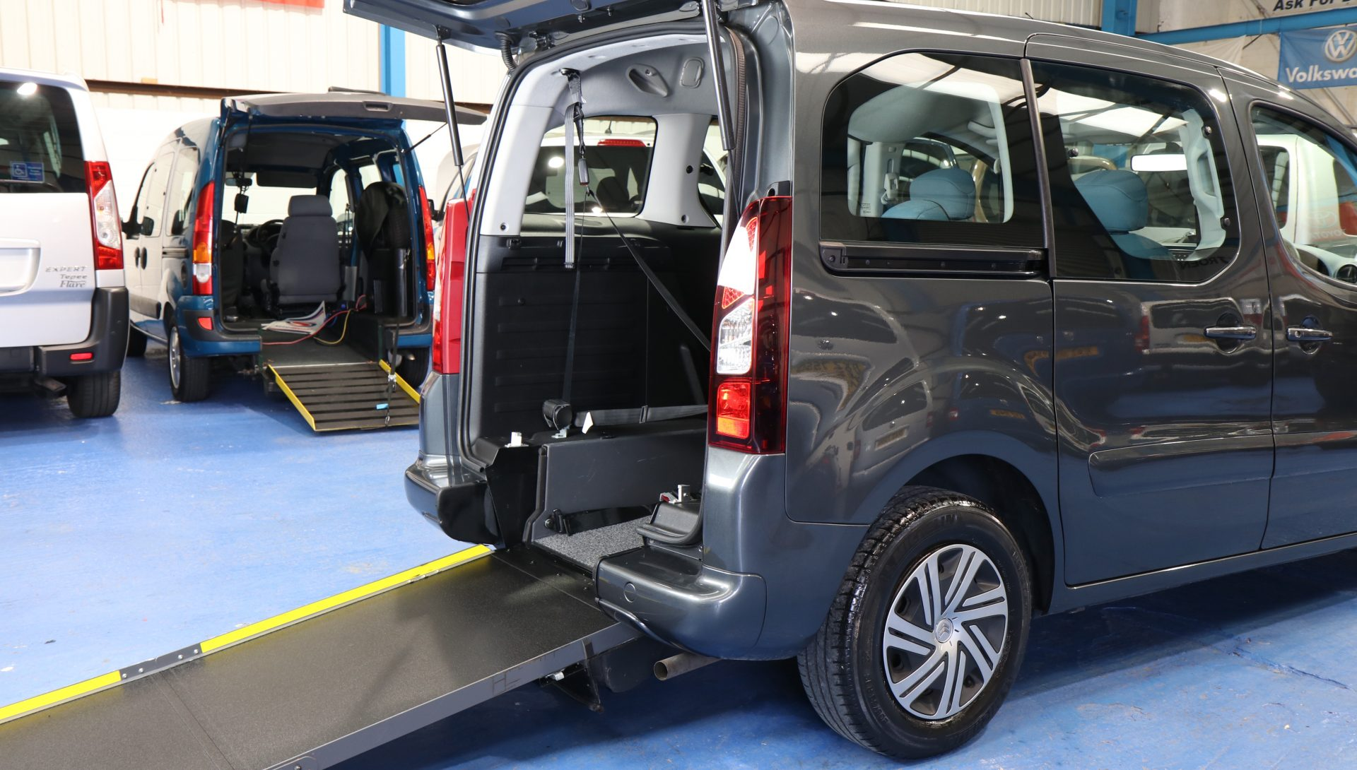 Berlingo Auto wheelchair vehicle wf63 kvz