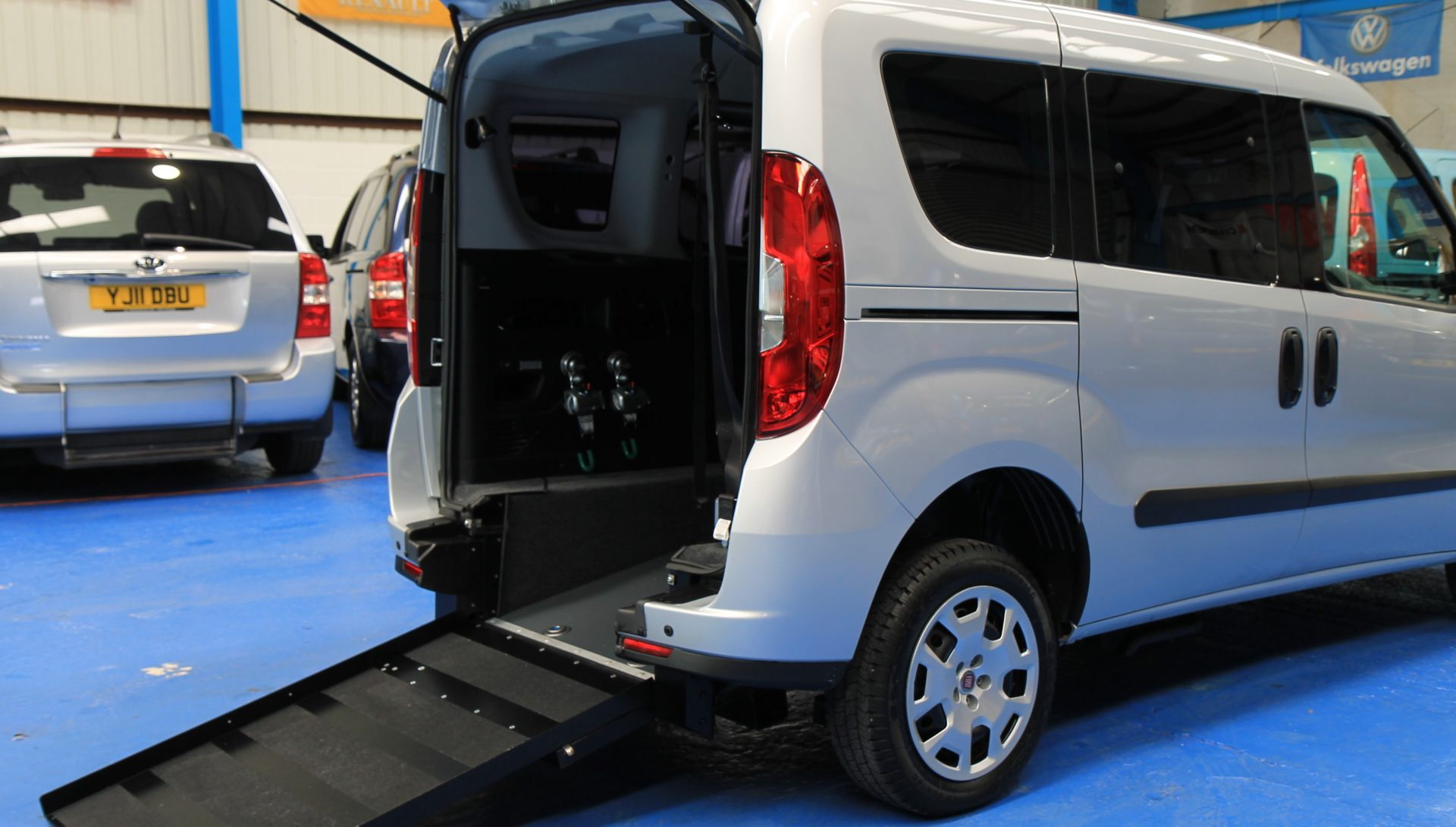 Doblo wheelchair vehicle yx15 bzn