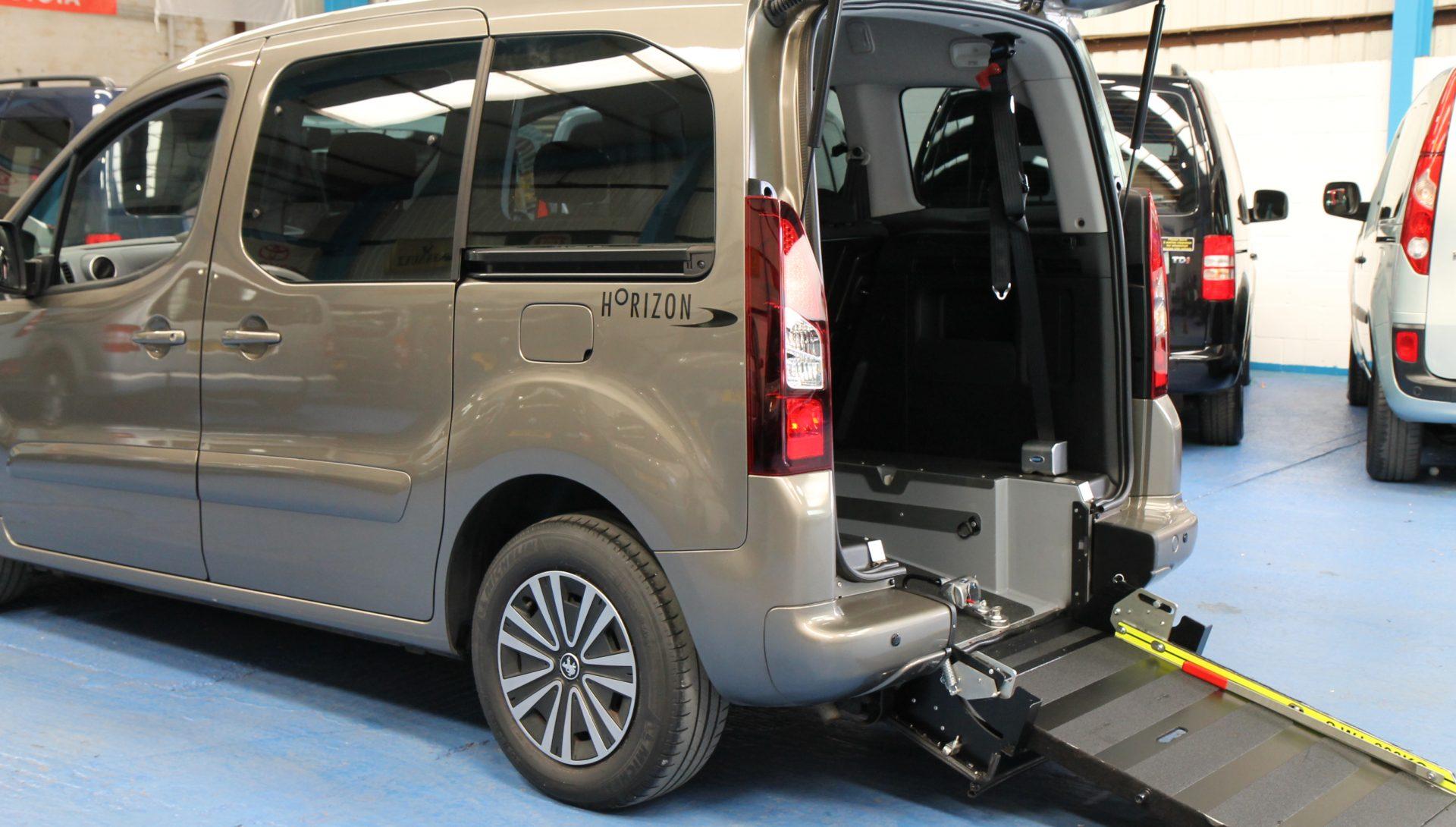 Partner wheelchair vehicle sf13 lld
