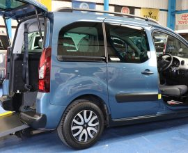 Berlingo Wheelchair car with turny seat wa14 evu