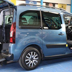 Berlingo Wheelchair car with turny seat wa14 evu