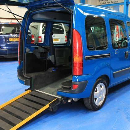 Kangoo Transfer wheelchair vehicle gx05 ftf