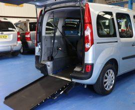 Kangoo wheelchair car Gx11 bwd