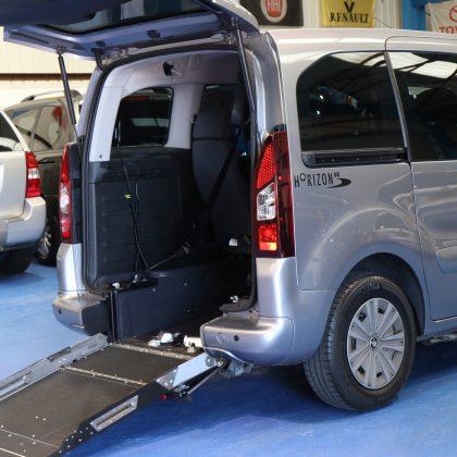 Partner Wheelchair car Sf16 crj