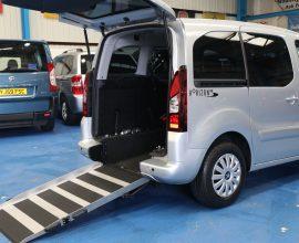 Partner Wheelchair vehicle Sg63 wmk