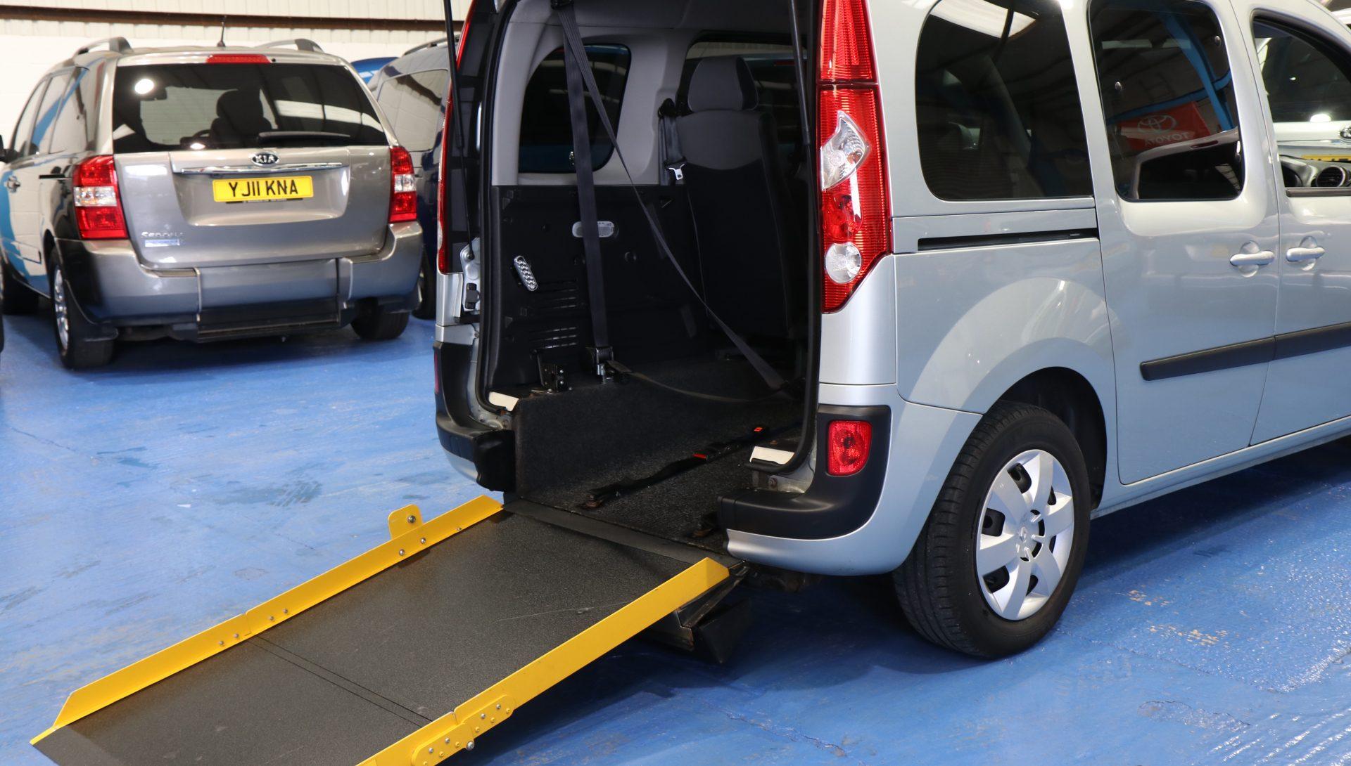 Kangoo wheelchair car nk61 fbu