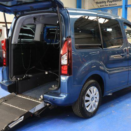Partner wheelchair car sf15 fmv