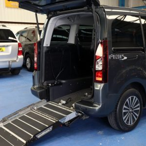 Partner wheelchair vehicle sf64 gvv