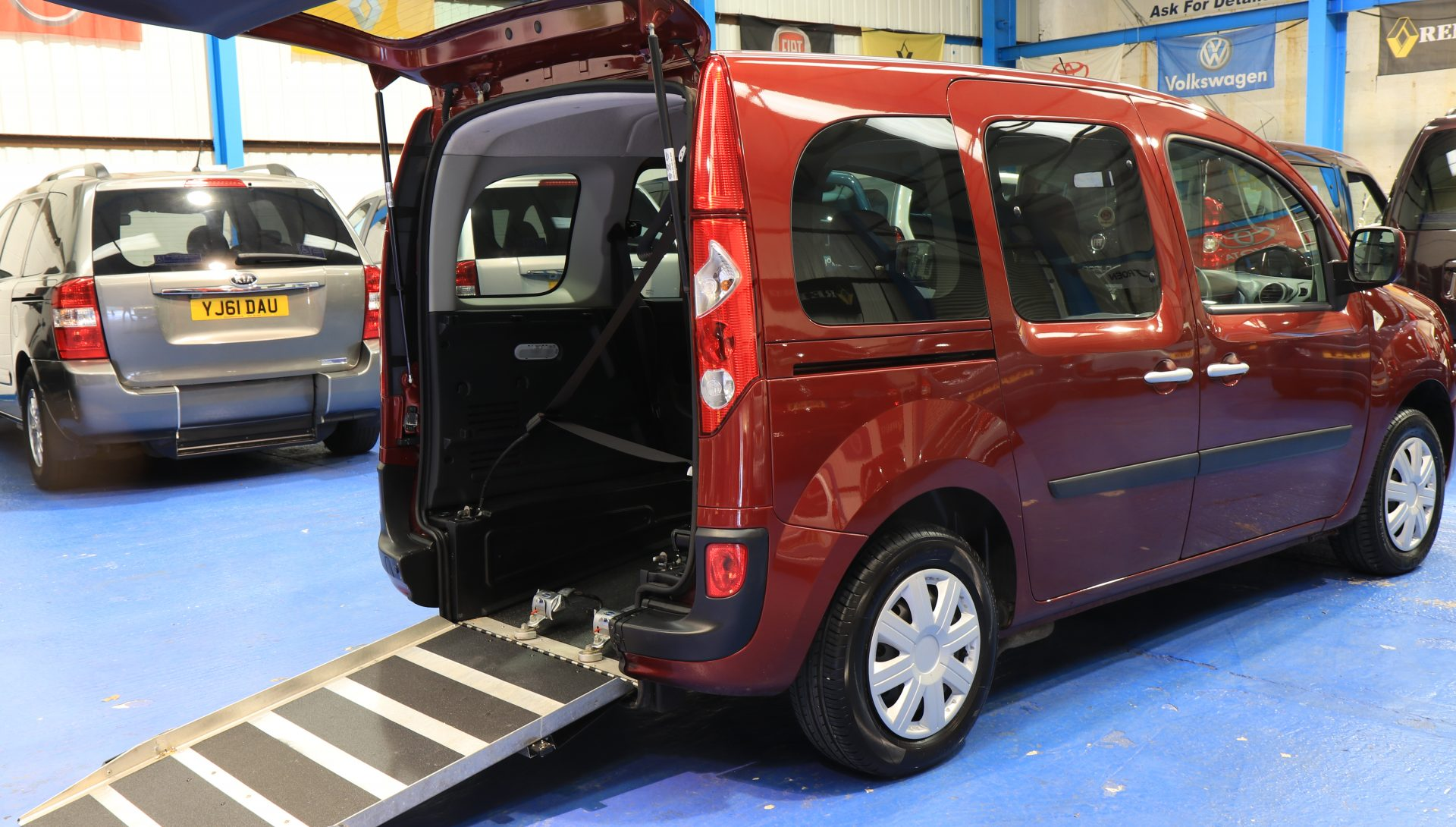 Kangoo wheelchair Adapted yj12 kwc