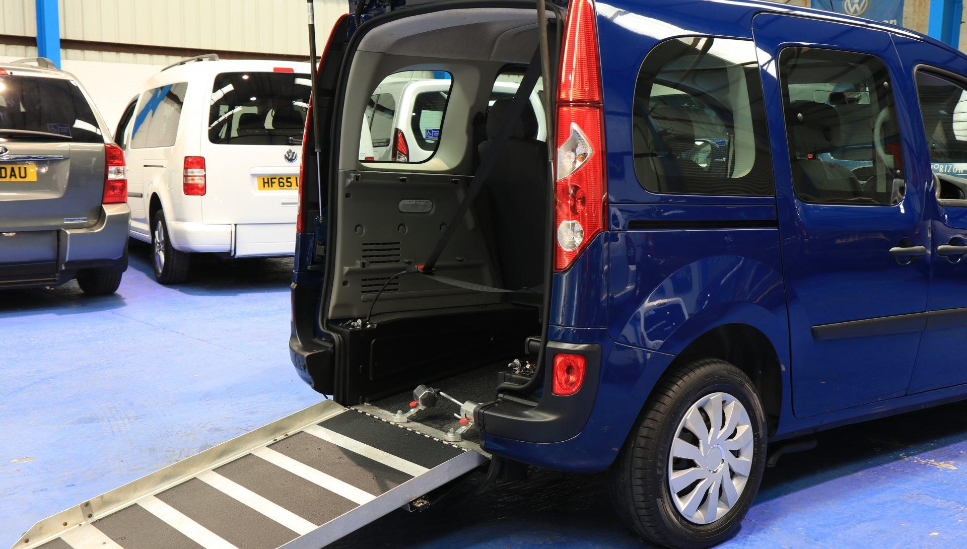 Kangoo wheelchair car lx60 ddk