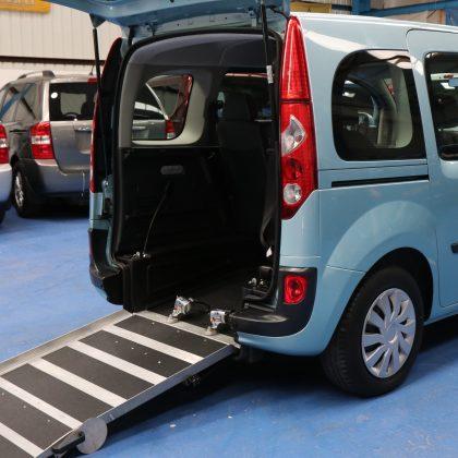 Kangoo Wheelchair vehicle yj12 kwb