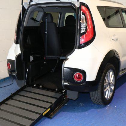Kia Soul Wheelchair Vehicle kx19 hue